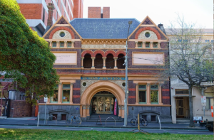 Pastel Society of Victoria, Australia exhibiting at the Victorian Artists' Society in 2020